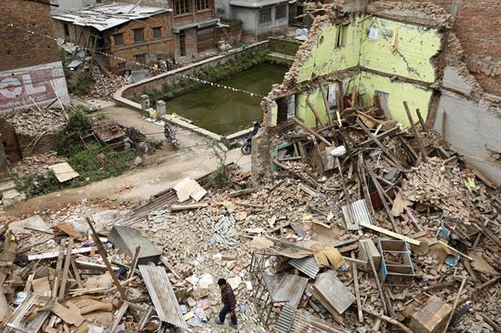 Nueva avalancha en Nepal deja unos 250 desaparecidos