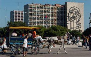EEUU reduce restricciones de viajes y financiación de exportaciones a Cuba