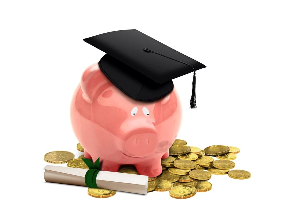 La deuda de los estudiantes es una de las categorías de crédito que más ha crecido en las últimas décadas./Shutterstock