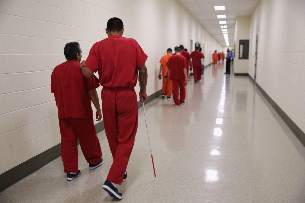 'La Migra' usa cárceles locales de NY para detener a inmigrantes