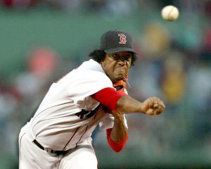 Boston retira número de Pedro Martínez