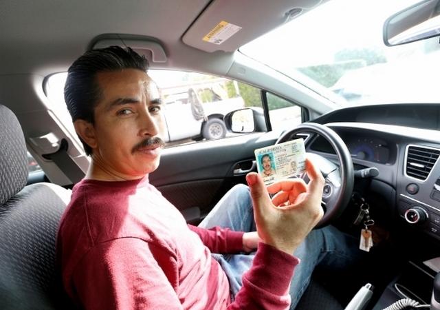 Se expande acceso a licencias de conducir para indocumentados en EEUU