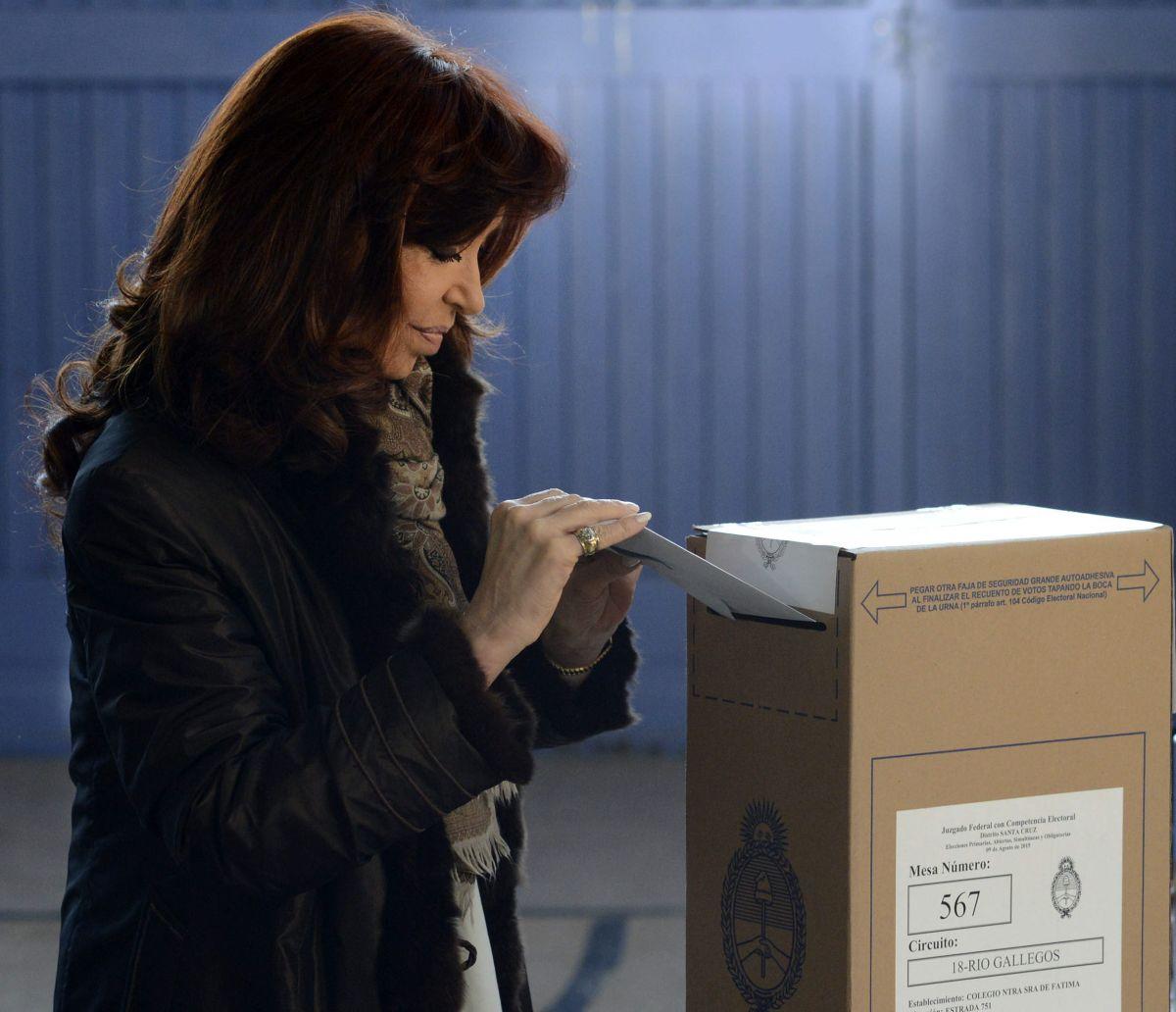 Cristina Fernández  se reunió con Scioli tras derrota del oficialismo