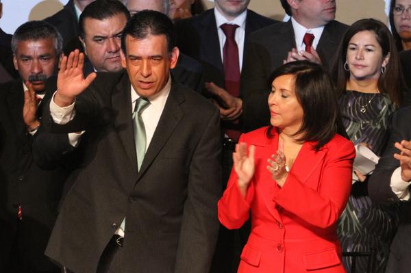 Moreira renuncia a presidencia del PRI