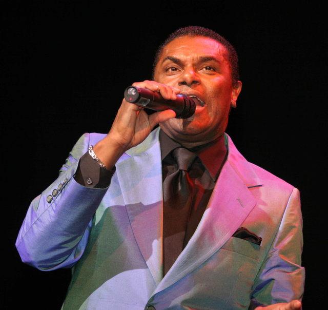 Inician conciertos mensuales  en  benéfico de comunidad latina