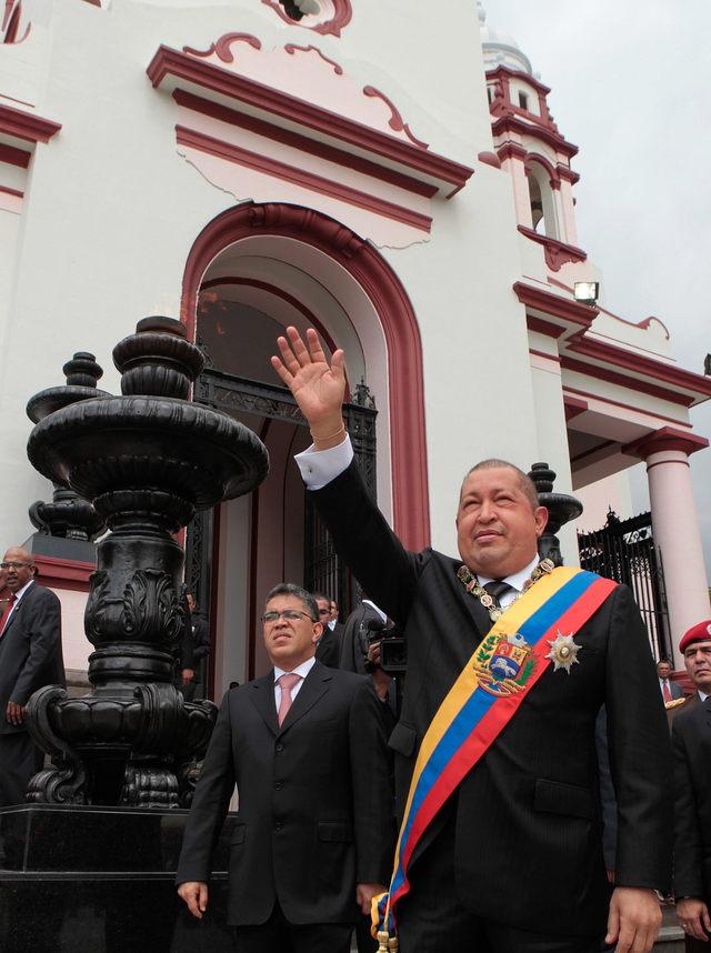 Chávez pide 'mística' ante agresión yanqui