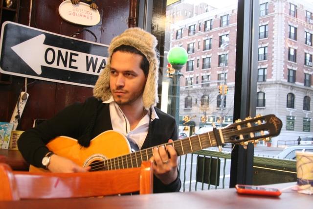 Zeo Muñoz:  entre la música y las imágenes