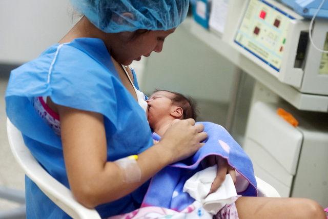 Crisis de embarazo precoz en Venezuela