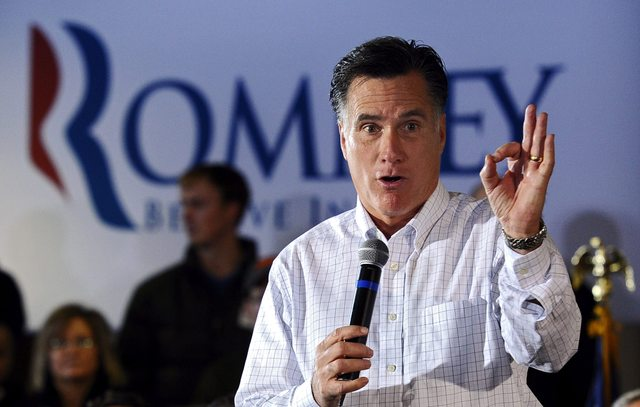 Romney se mantiene favorito