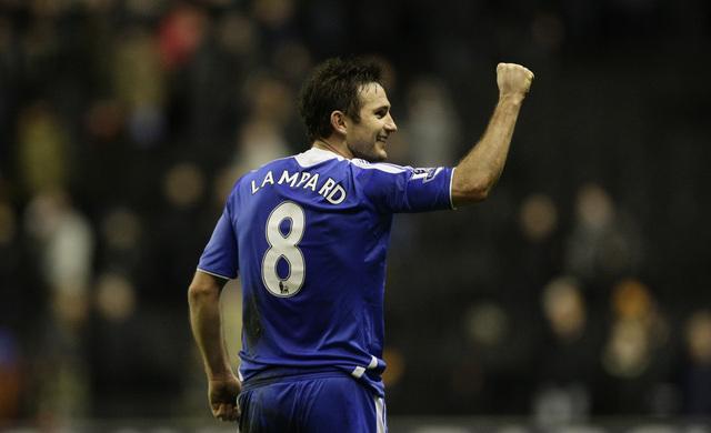 Lampard rescata al Chelsea en la Liga