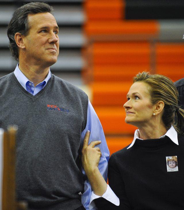 Santorum y Romney empatan en Iowa