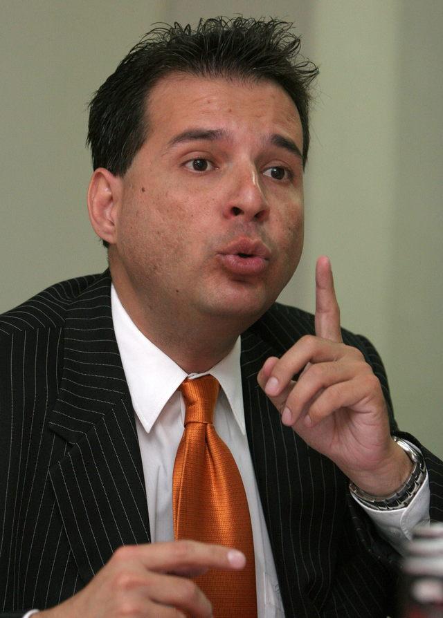 Vicepresidente renuncia para no perjudicar gobierno de Humala