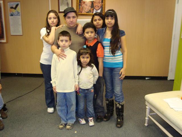 En el limbo hijos de hispana deportada