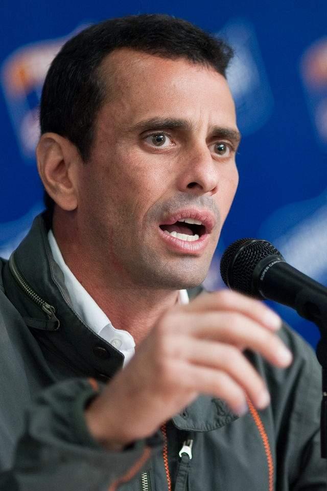 Capriles no pierde su energía en Chávez