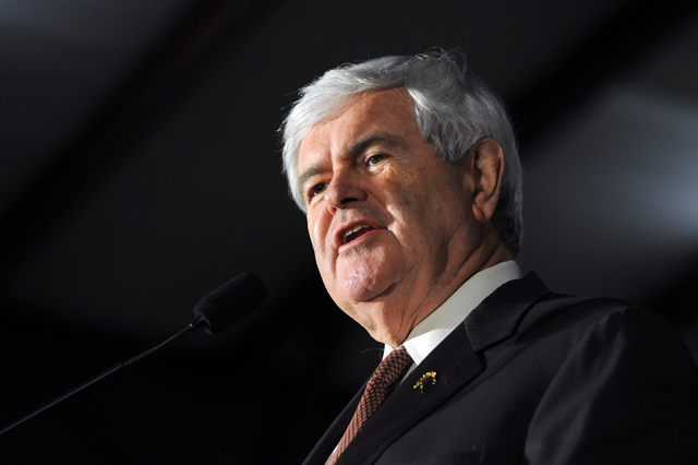 Gingrich critica la política energética de Obama
