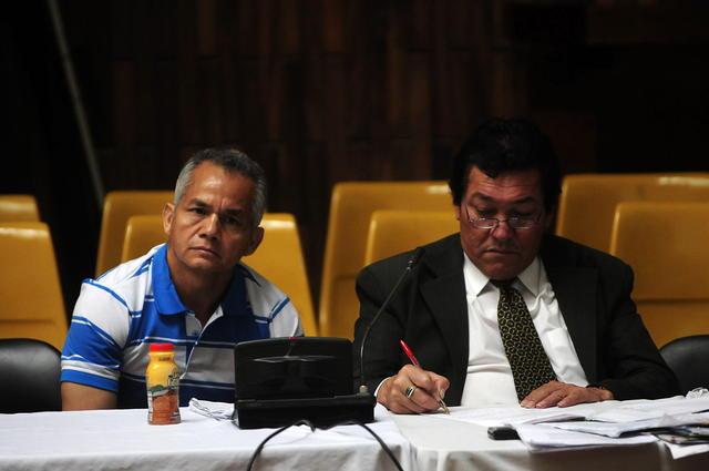 El exmilitar guatemalteco de 54 años Pedro Pimentel (i) en el juicio.