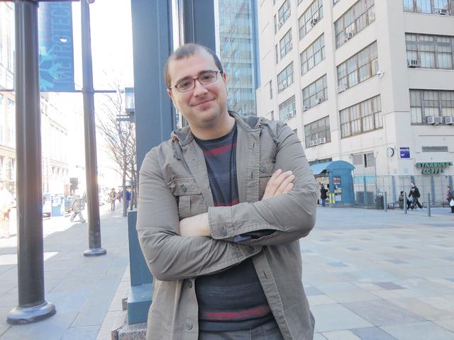 Paco Cabezas está feliz, ya que hoy se estrena su película en Nueva York  y el domingo asistirá a la entrega de los premios Oscar en Hollywood.