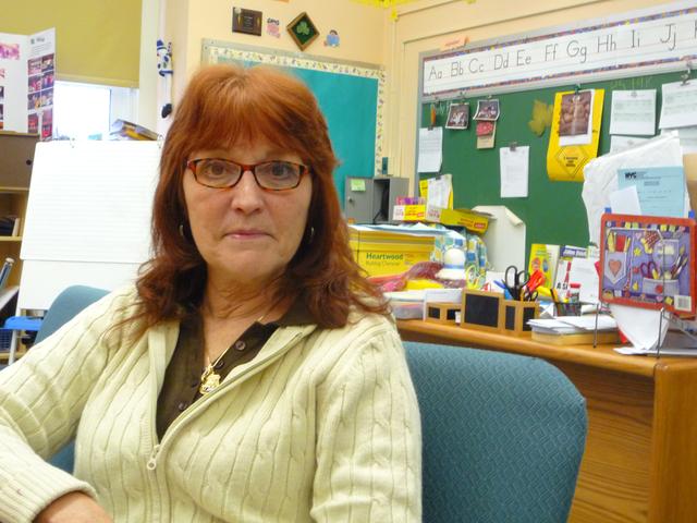 Patricia Tambakis advierte que muchos docentes podrían perder sus empleos a raíz de estos informes.