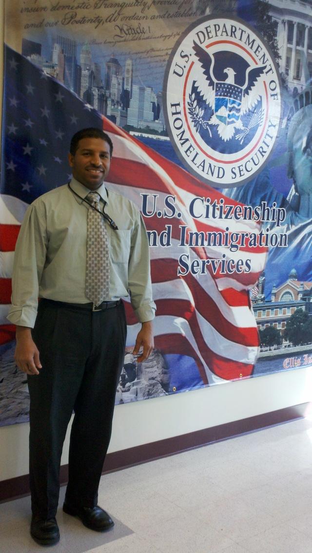 Ramón Melocarela: Un inmigrante entrevistando inmigrantes