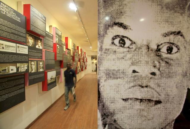 Un empleado recorre la sede del Museo de la Resistencia en Santo Domingo, República Dominicana.
