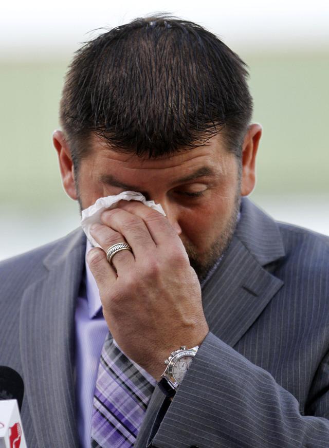 Entre lágrimas la despedida de Jason Varitek