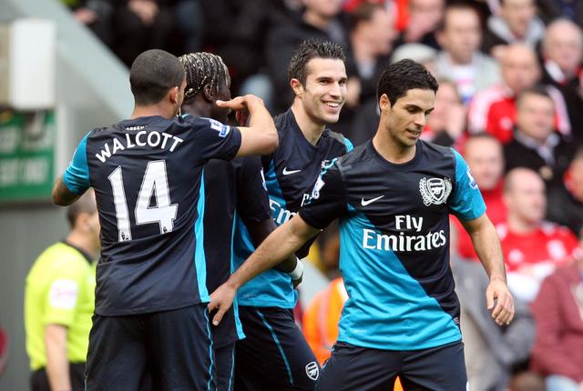 Agónico el triunfo de Arsenal