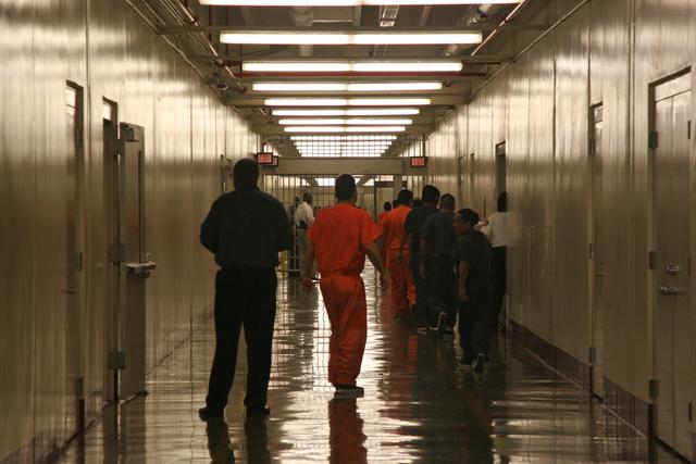 Establecen nueva regla para detener los abusos en prisión