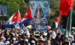 Una multitud espera al Papa en La Habana