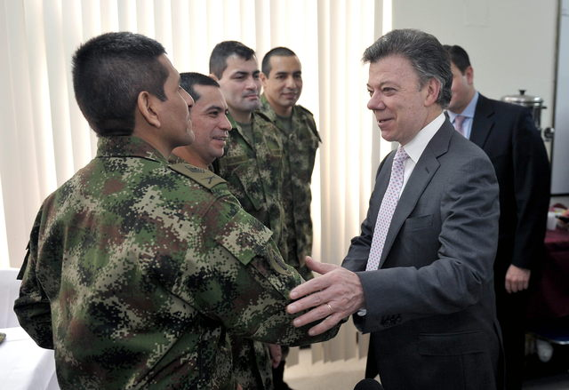 Liberados por las FARC están en 'buenas condiciones'