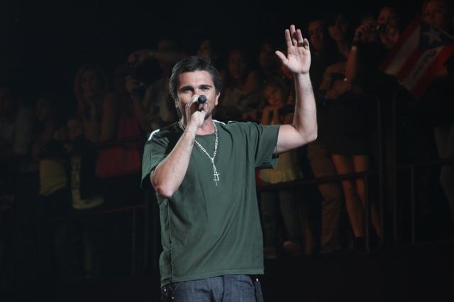 Juanes se abre paso con nuevo tema 'La señal'