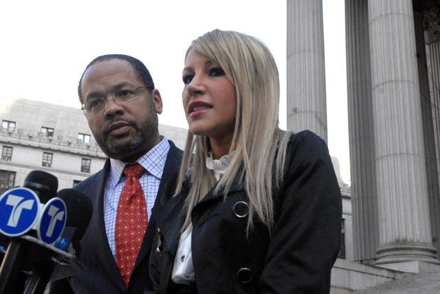 De la Hoya no abusó de la conejita, según juez