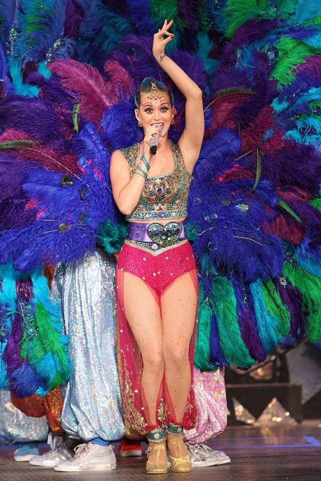 Katy Perry lanza gira en 3D