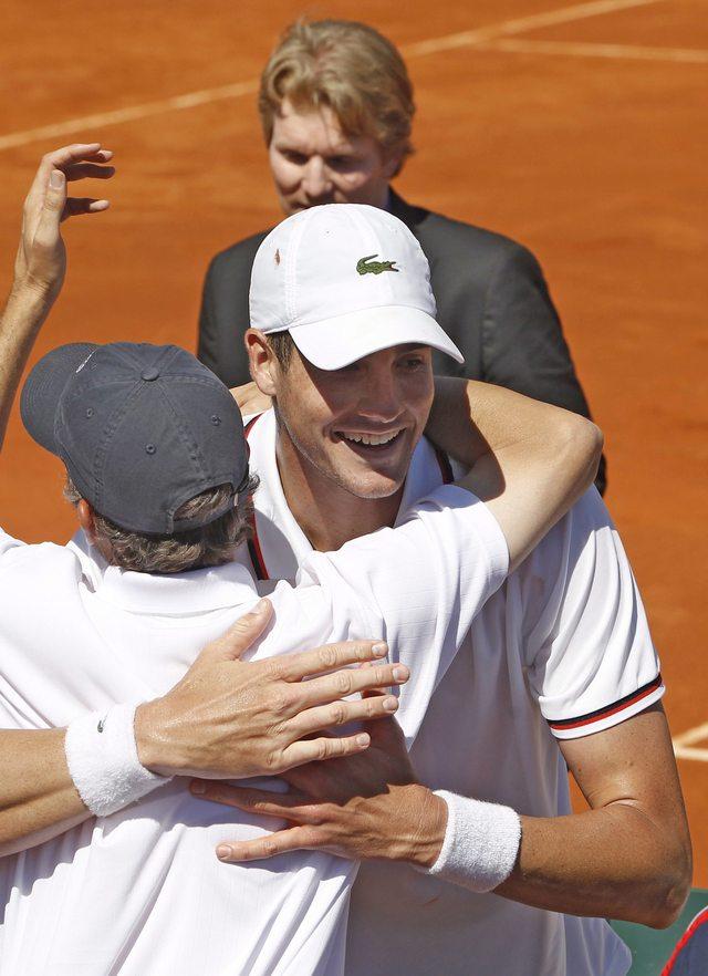EEUU avanza en la Copa Davis