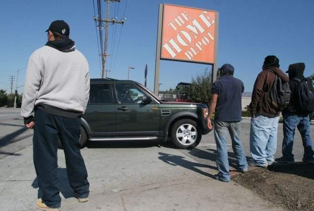 Todo mejora en EE.UU., pero hispanos no salimos del hoyo