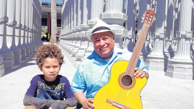 Promueve  educación bilingüe con canciones