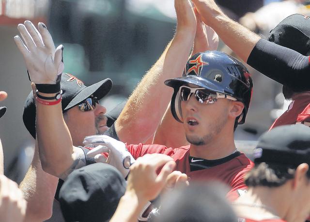 Astros ganan con Grand Slam