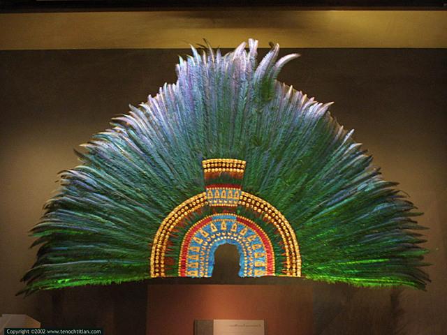 Austria podría  'prestar' penacho de Moctezuma a México