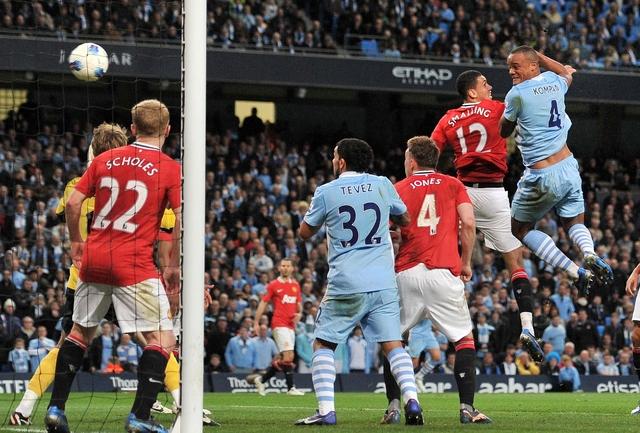 City gana derby de Manchester