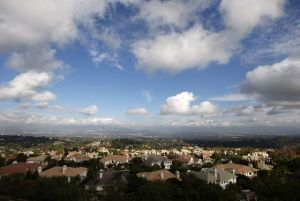 Población de California registra leve crecimiento