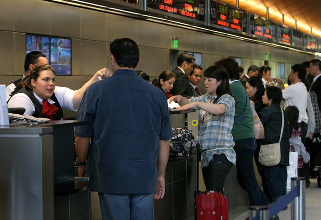 ¿Qué hacer cuando la aerolínea lo deja varado?