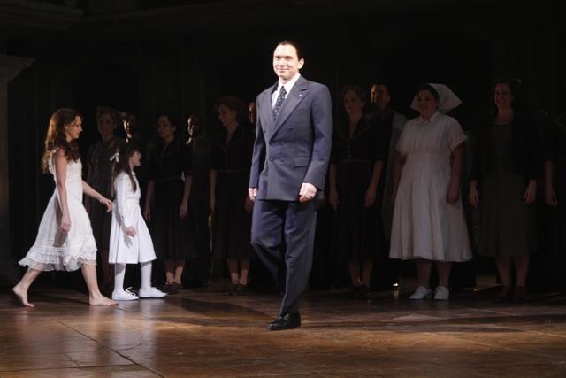 'Evita'  logra tres nominaciones al Tony