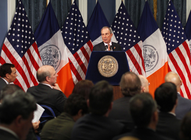 Voces de rechazo ante presupuesto de Bloomberg