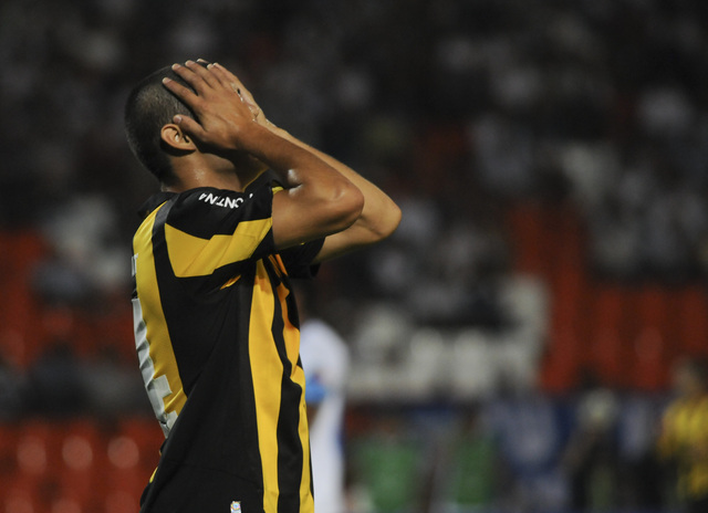 Peñarol sale de la disputa por el cetro