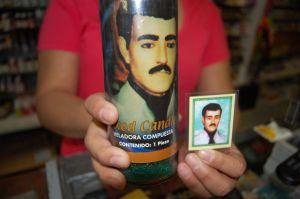 Latinos de NY se encomiendan a 'narcosanto'