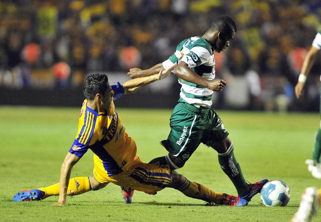 Santos saca valioso empate ante Tigres