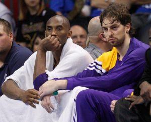 Cátedra de basquetbol a Lakers