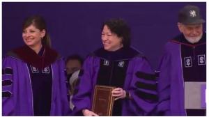 NYU abrazó al corazón hispano cubierto de Jueza Suprema