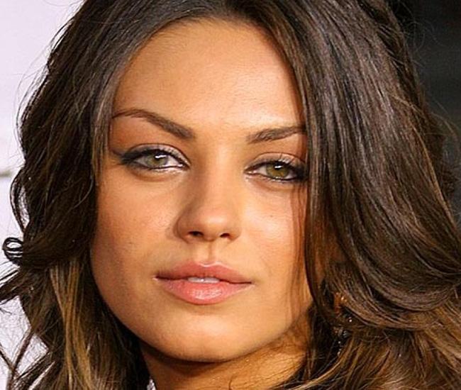 Acosador de Mila Kunis viola orden de restricción