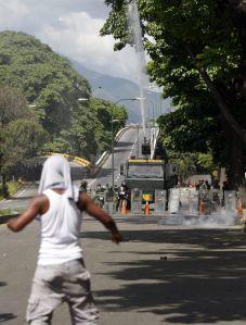Enfrentamiento entre reos en cárcel de Caracas