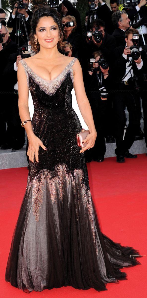 Salma Hayek deslumbra en Cannes